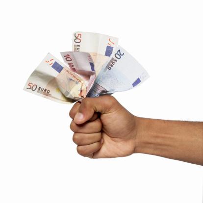 Minikredit 150 Euro schnell ausgezahlt bekommen